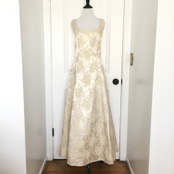 Jessica mcclintock dresses vintage wedding dress poshmark m5ae6229a85e605d4b69fcea7 junglespirit Image collections